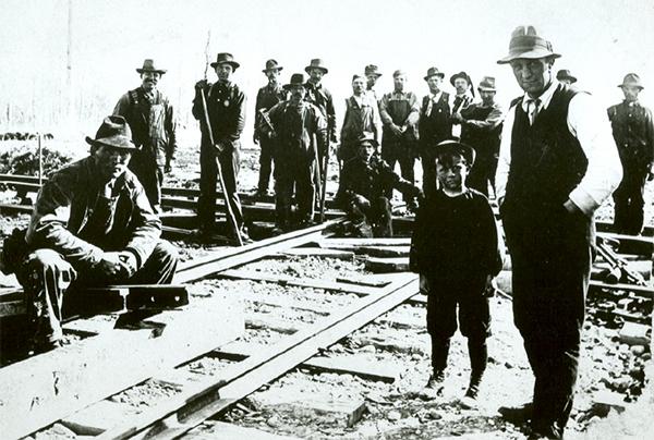 The CNR enters Camrose, April 23, 1911. ©CNoS Archives